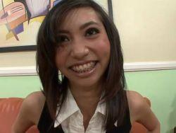 Kleine Titten asiatische Pornos Phat schwarze Pussy ficken