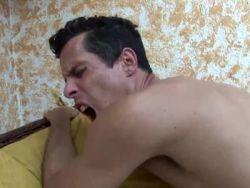 Schwule Blasen-Filme Deepthroat blowjob cum